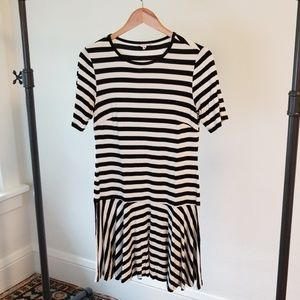 Trina Turk Midi Shortsleeve Dress Size M